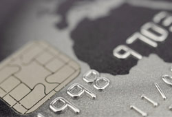 Protecting-Credit-Cards-From-RFID-Scanning-Theft